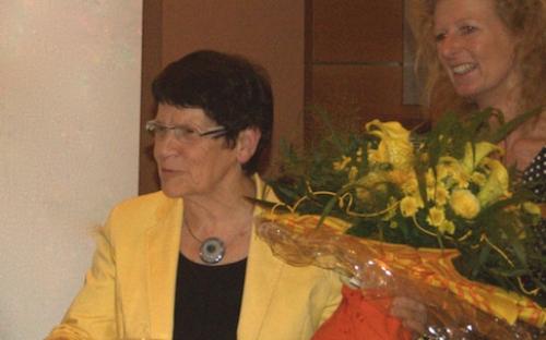 Frau Prof. Dr. Rita Süssmuth  begrüßt die Teilnehmer des Golfturniers